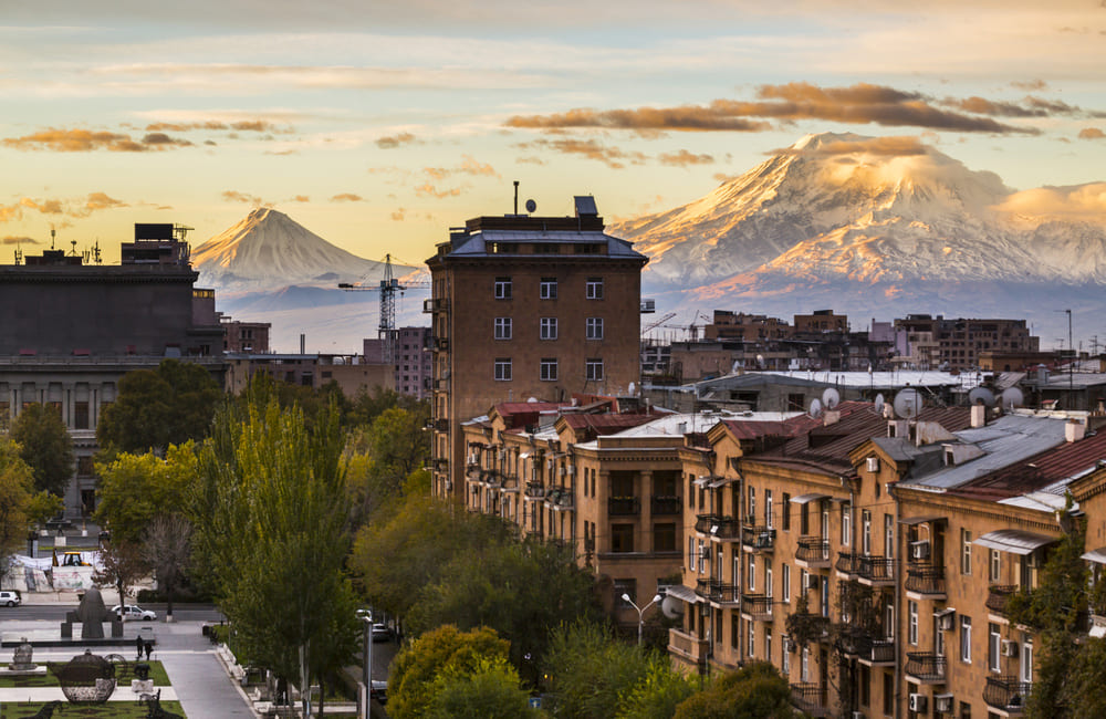 Cheap flights from Los Angeles to Yerevan